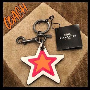 ⭐️NWT⭐️Coach shining star key ring/bag charm